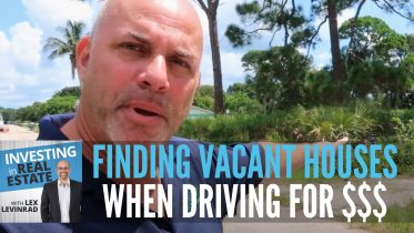 Finding Vacant Houses When Driving for Dollars